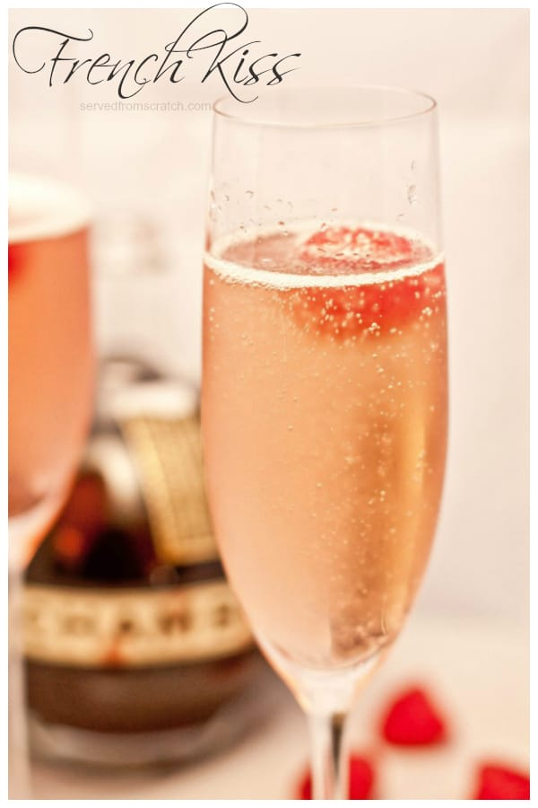 This French Kiss cocktail is a simple and elegant sparkling bubbly drink with just the right amount of sweetness and the perfect color. #frenchkiss #cocktail #recipe #bubbly #brunchcocktails