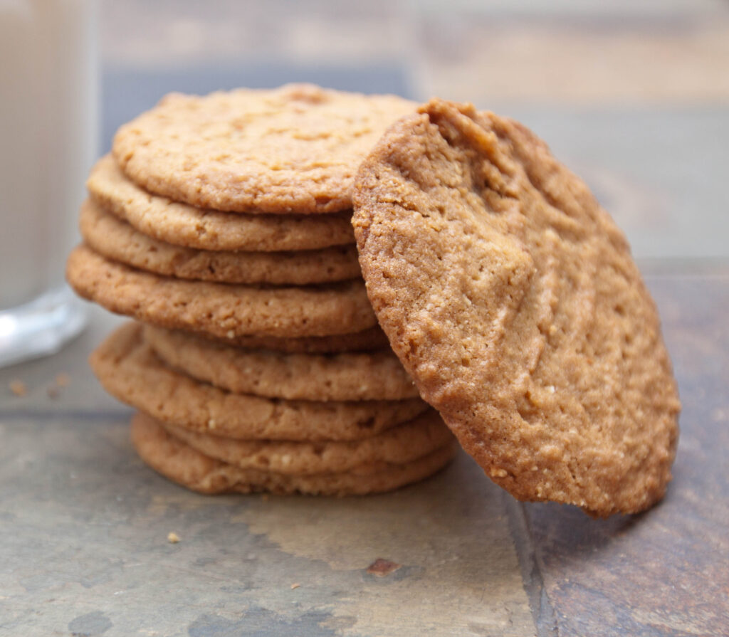 stacked thin cookies.