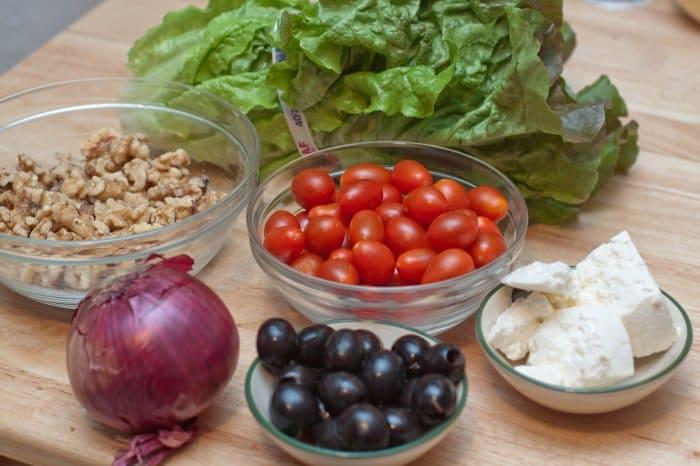 romaine lettuce, onion, tomatoes, olives, walnuts, feta.