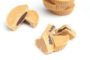 These delicious, Inside Out Peanut Butter Cups - Vegan, are incredibly easy to make, 5 ingredient I