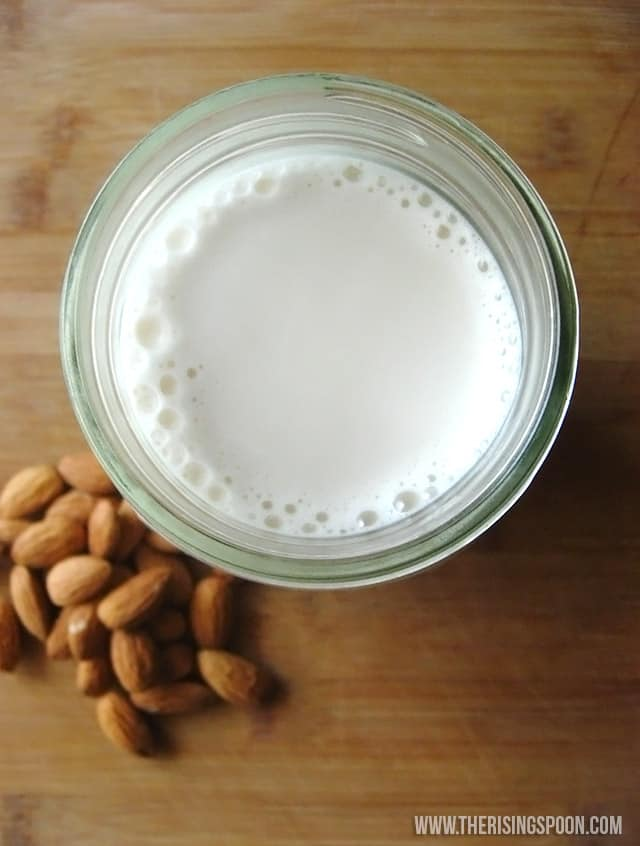 homemade-almond-milk-recipe