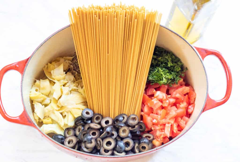 artichokes, pasta, olives, tomatoes, parsley, and pasta in one pot